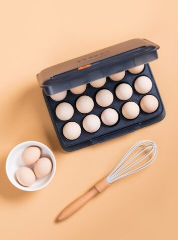 Date Record PP Egg Storage Box Portable Refrigerator Storage Boxes Egg Rack Kitchen Household Item Home Organization Tools